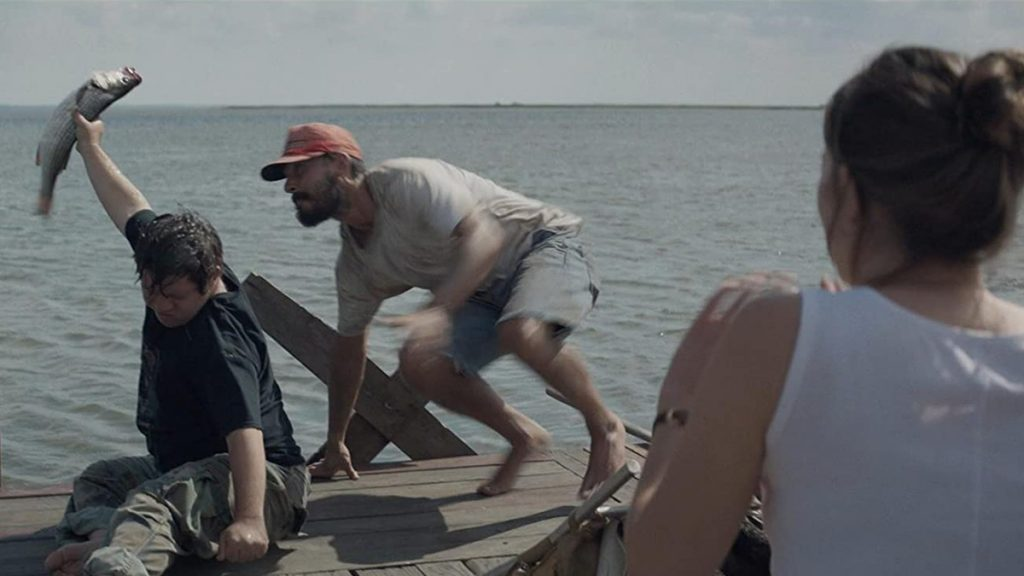 Performa hebat Zack Gottsagen, Shia LaBeouf dan Dakota Johnson dalam The Peanut Butter Falcon (2019).