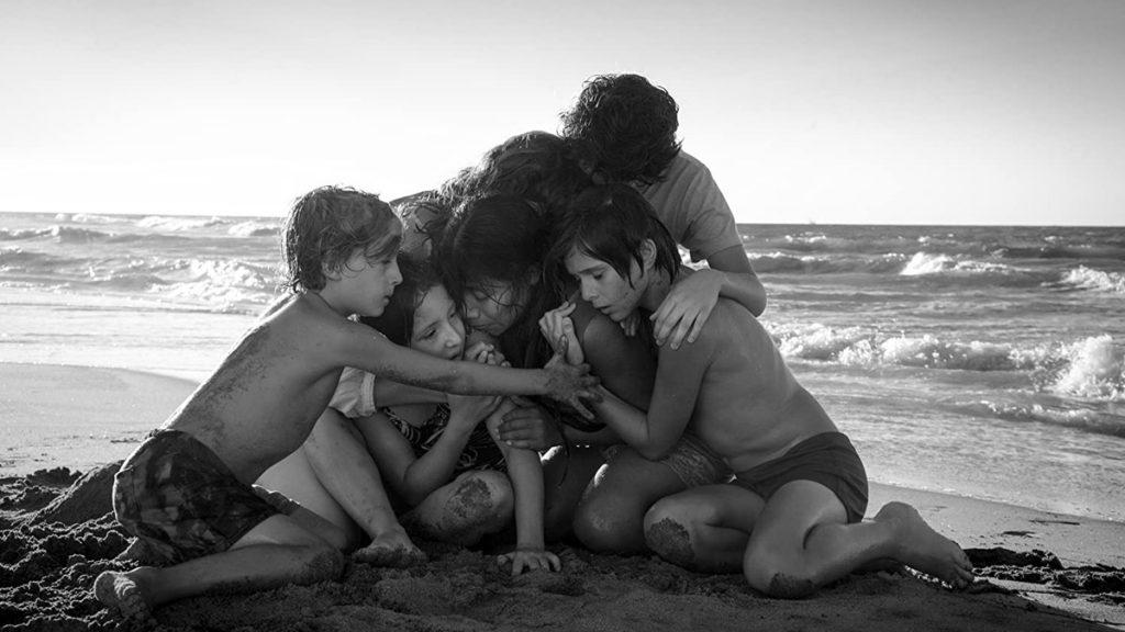 Yalitza Aparicio dalam Roma (2018) - 25 Film Terbaik Dekade 2010